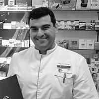 Miguel Ángel Navales compra farmacia Barcelona